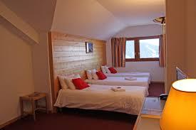 photos chambres hôtel emeraude vallandry chambre pour 4 à 6 personnes