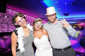 photo booth rental michigan photo booth rental detroit michigan fotobomb