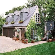 garage with apartments best 25 carriage house plans ideas on garage with