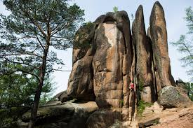 7 difficult bouldering routes for the best climbers