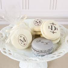 macaron wedding favors wedding favors custom macarons a wedding cake