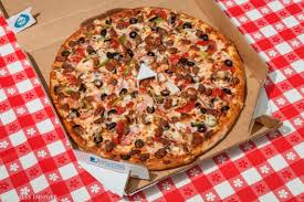 dominos black friday deals we taste tested pizzas from papa john u0027s pizza hut and domino u0027s