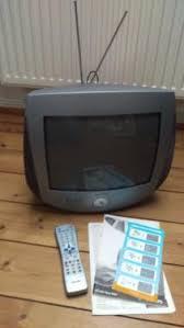 philips design fernseher tragbarer philips design tv fernseher 14pt3685 00 ambilight 36 cm