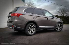 2017 white mitsubishi outlander review 2017 mitsubishi outlander sel crankshaft culture