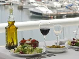 mediterranean diet menu may be helpful in losing a few pounds before