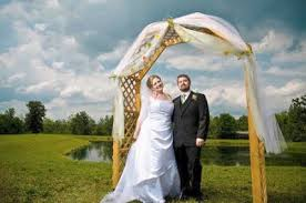 Wedding Arches Using Tulle Need Help Decorating Wedding Arch Weddings Do It Yourself