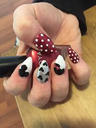 red white and silver minnie and mickey mouse nail art oh so kawaii