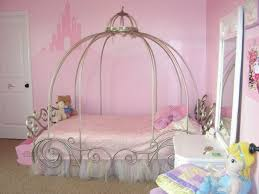 Wood Canopy Bed Frame Queen by Bed Ideas Simplistic Wooden Canopy Bed Frame Collect This Idea