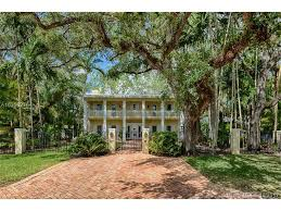 How Much Does Southern Comfort Cost Average Price 4500 University Drive Coral Gables 33146