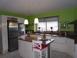 peinture dans une cuisine tasty deco peinture cuisine photo vue bureau for 127 waaqeffannaa