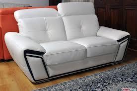 prezzo divani divano in pelle con poggiatesta relax in occasione