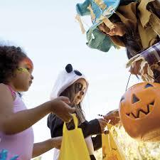 what city celebrates halloween on october 30th knott u0027s berry farm knotts twitter