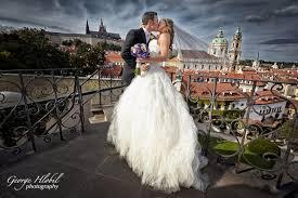 photographer for wedding vrtbovska garden wedding prague wedding photographer