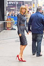 taylor swift street style taylor swift fashion pics