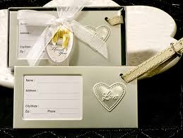 wedding favor luggage tags luggage tags favor shop our favors aren t expensive