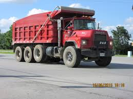 mack dump truck love these mack dm dump trucks my truck pictures pinterest