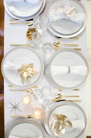 Elegant Table Settings by Two Takes Unique Holiday Table Settings Thou Swell
