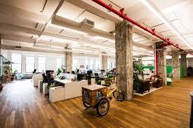 amenagement bureau les 4 clés pour casser les codes de l aménagement de bureaux