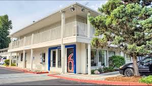 Stream Belmont Apartments Seattle by Motel 6 Seattle South Hotel In Seattle Wa 55 Motel6 Com