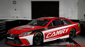 toyota camry 2015 toyota unveils 2015 camry nascar sprint cup car autoweek
