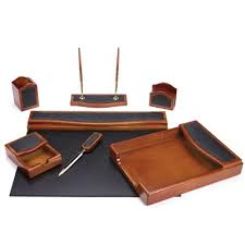 Desk Accessories Gifts Lovely Mens Desk Accessories Engraved Desktop Gifts Home Designs