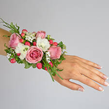 corsage prices corsages boutonnieres flowers plants gift baskets from viviano