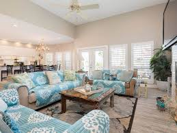 A Livingroom Hush by Hush Puppy Sand N Sea