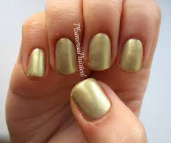 plumeriapainted gold nails w7 golden sands