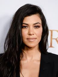 whats a lob hair cut kourtney kardashian just got a fresh lob haircut allure