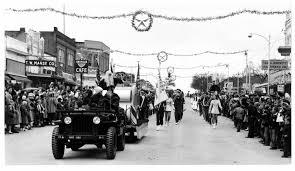 jeep christmas parade old austin christmas photos santa takes off austin found