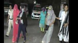 mumbai police busts racket rescues 3 girls arrests 2
