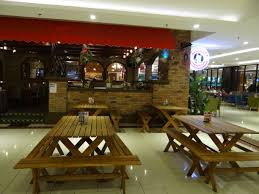 malaysian style pizza at a penang mall i dream of pizza