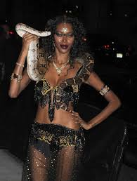 halloween parties in the city white u2013 arriving the heidi klum u0027s 12th annual halloween party at
