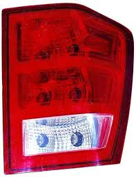 amazon com jeep grand cherokee 05 06 tail light assembly rh us