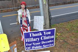 Clinton House Chappaqua by Clinton Supporter Travels 3 000 Miles To Say U201cnever Give Up