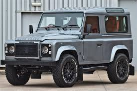 land rover discovery modified land rover defender kahn car news reviews u0026 buyers guides