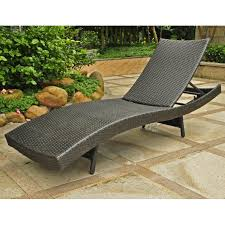 Outdoor Wicker Chaise Lounge Chaise Lounges