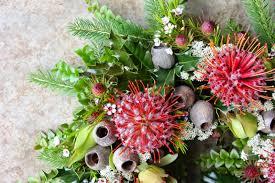 How To Make Wreaths Swallows Nest Farm How To Make A Fresh Native Christmas Wreath