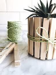 oggetti decorativi casa splitmind piccoli vasi con mollette come decorazione per la casa