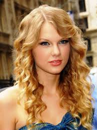 easy hair styles for long curly hair