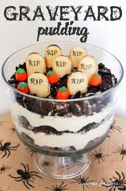 Halloween Chocolate Cake Recipe Best 25 Graveyard Cake Ideas On Pinterest Chocolate Birthday