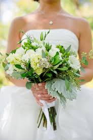 how to make wedding bouquet how to make trendy wedding bouquets all on your own