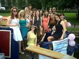 thames river boat hen party enjoy an evening cruise on the river thames ideal for hen parties