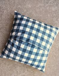 think big patchwork pillow ideas diary of a quilter a quilt blog