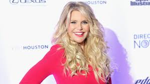 christie brinkley u0027s hair see the supermodel u0027s new bangs today com