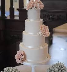 wedding cake essex woo cakes essex wedding cakes gallery