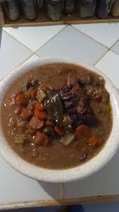 cuisiner le jarret de boeuf jarret de boeuf sauce au vin recettes cookeo