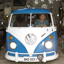 bmw hippie van no way man last vw bus to soon roll off assembly line wjct news