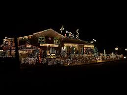 christmas lights in michigan where to find the best holiday lights in the trenton grosse ile area