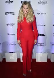 Christie Brinkley Christie Brinkley Stuns In Red Jumpsuit Alongside Daughters Sailor